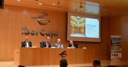Sesión inaugural con el secretario de la consejería de Educación del Gobierno de Aragón